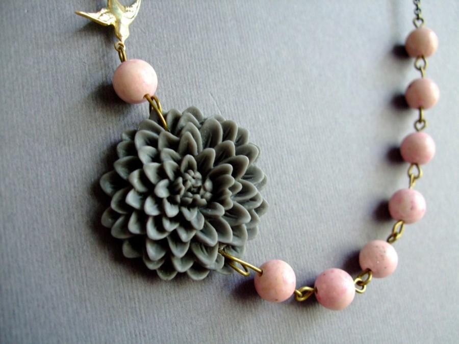 زفاف - Holiday Gift For Her,Grey Floral Necklace,Pink Jewelry,Flower Necklace,Grey Necklace,Statement Necklace,Bridesmaid Jewelry Set,Grey Jewelry