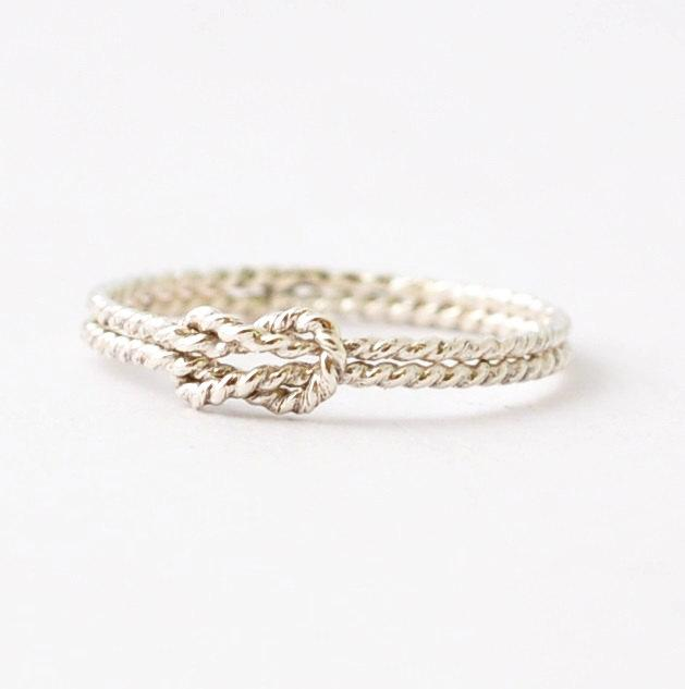 Hochzeit - Nautical Rings: Silver Sailors Knot Ring, Promise Ring for Best Friends