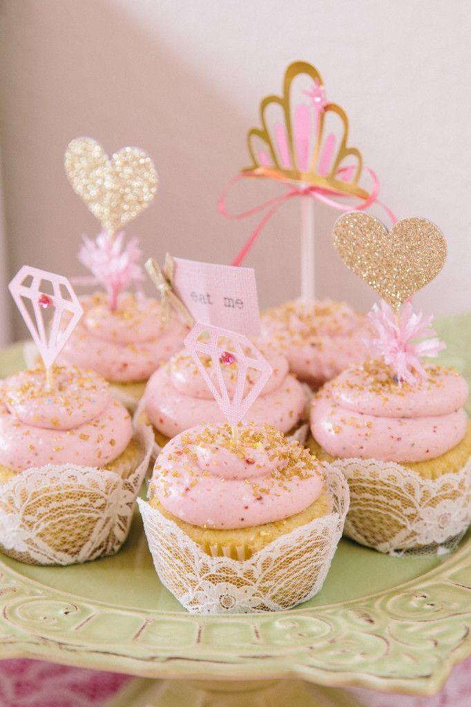 Ruby\u0027s Beauty Queen Birthday Party! {Pink, Gold \u0026 Glitter}