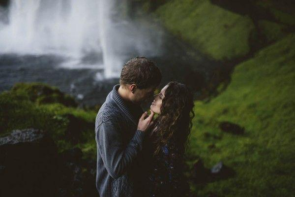 Wedding - Intimate And Natural Couples Portraits In Iceland