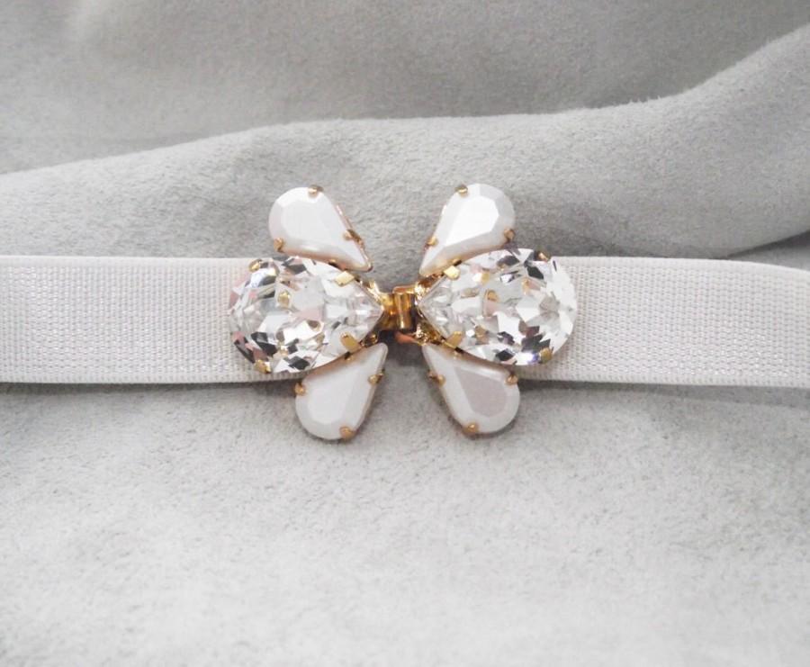 Wedding - Wedding Belt, Crystal and pearl belt brooch, Wedding dress accessory, Swarovski crystal and pearls gold wedding sash, Bridal accessories