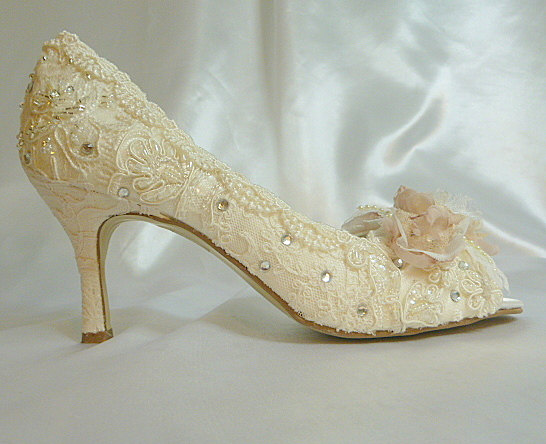 Low Heel Wedding Shoes Vintage Lace Blush And Ivory Lacy Rose Bridal Heels Shabby Chic Free Us Postage