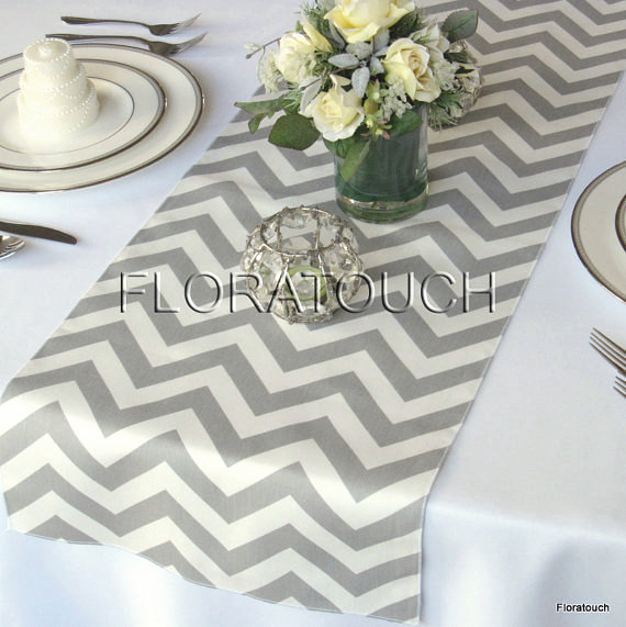 Mariage - Gray and White Chevron Wedding Table Runner