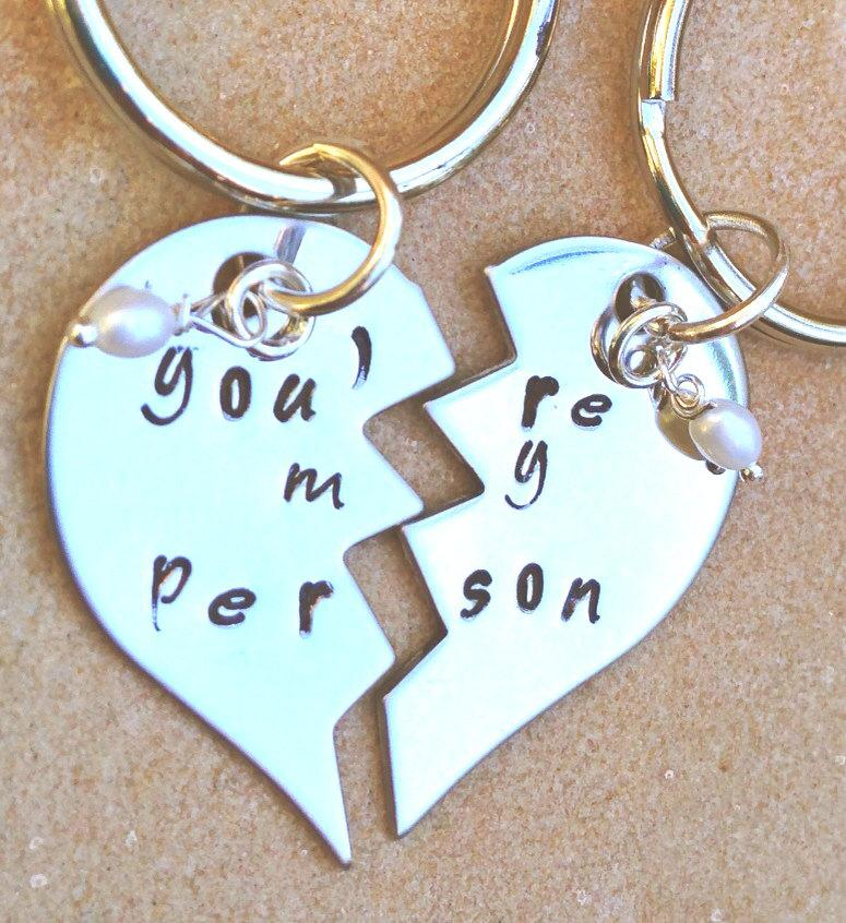 Hochzeit - you're my person, you're my person keychain, maid of honor gift, bridesmaid gift, personalized key chains, couple keychain