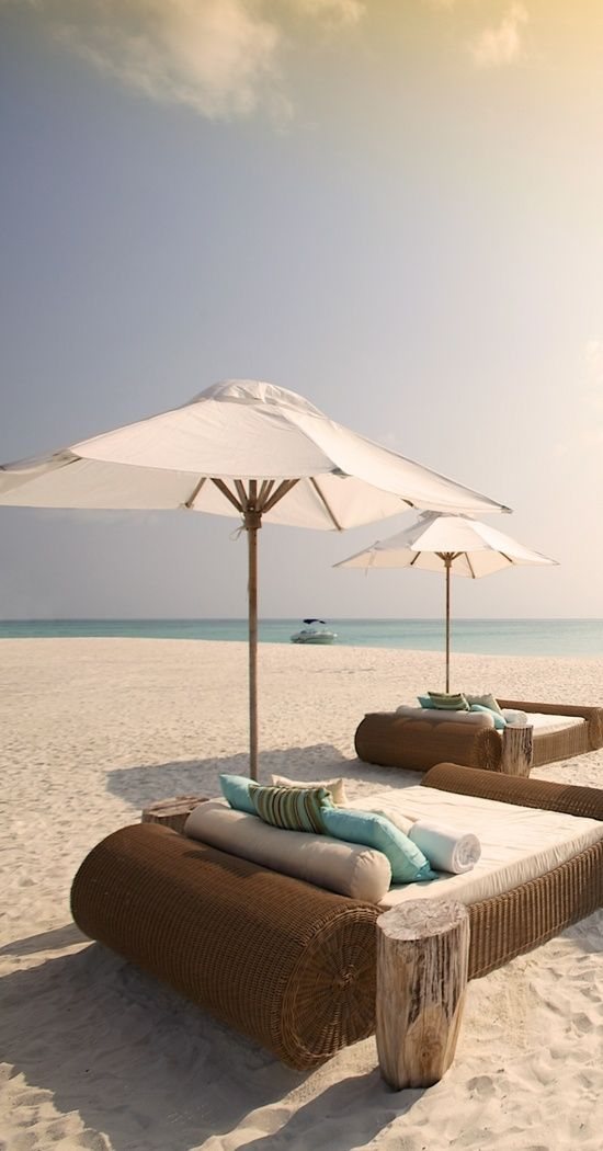 Hochzeit - I Could Handle Hanging Out There...for LIFE!  - Kanuhura, Maldives