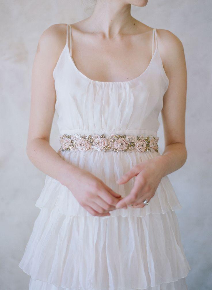 زفاف - Antique Silk Rose And Crystal Headwrap/sash - Style #550