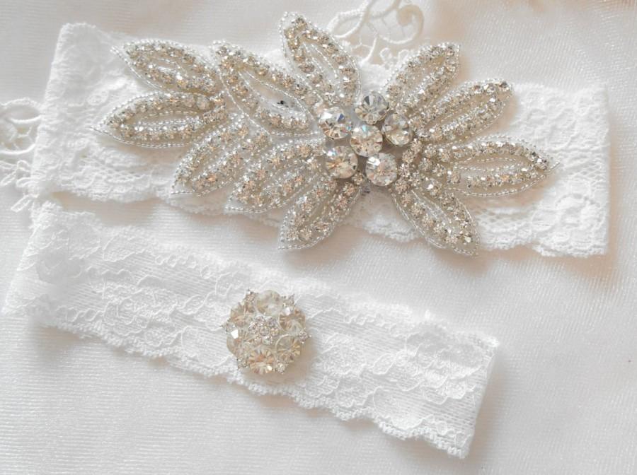 Mariage - Wedding Garter MONOGRAM Option Rhinestone Garter Set. Bridal Garter Floral Stretch Lace Bridal Garter