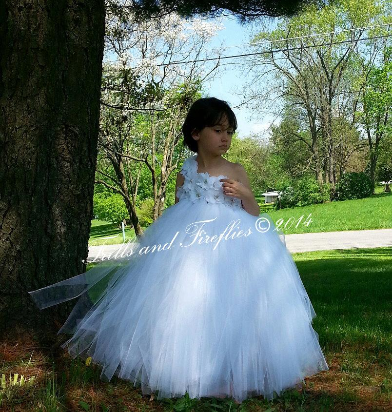 زفاف - White or Ivory One Shoulder Flower Girl Dress-Classic Flowergirl Dress..OTHER COLORS AVAILABLE, Size 1t, 2t, 3t, 4t, 5t, 6, 7, 8