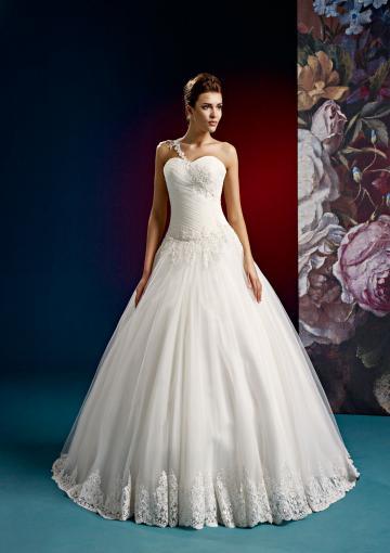 Wedding - Buy Australia 2016 Ball Gown One-Shoulder Ruched Appliques Sweep Tulle Wedding Dresses 15004 at AU$213.19 - Dress4Australia.com.au