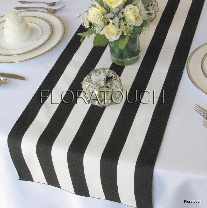 Свадьба - White and Black Stripe Table Runner Wedding Table Runner with black stripes on the borders