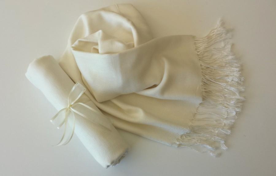 d3c0e714fcc IVORY ( Soft Cream) PASHMINA SHAWL. Ivory Shawl. Bridesmaid Gifts ...