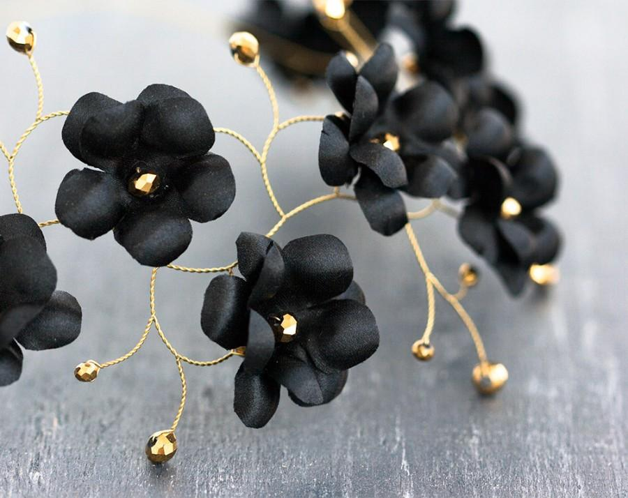 Свадьба - Black flower crown, Gold hair accessories, Circelt of flowers, Headband flowers, Floral hair accessories, Wedding hair pieces, Wedding halo.