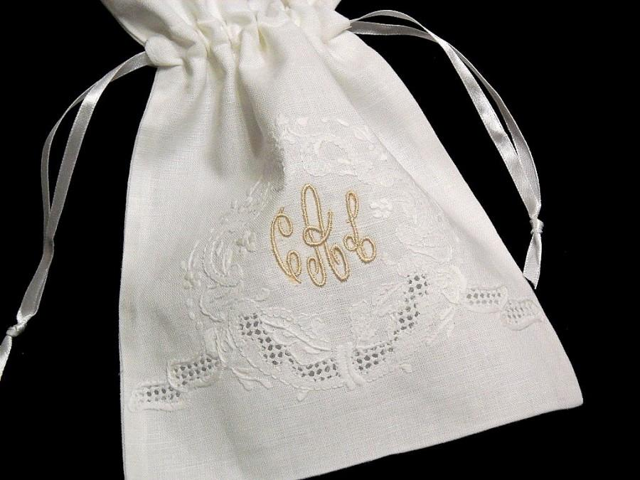 Mariage - Irish Linen Jewelry Bag, Personalized Gift Bag, Monogrammed Jewelry Pouch