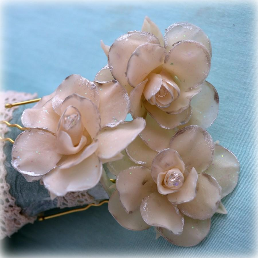 Nozze - Winter wedding hair accessories ~ Rose hair pins, bridal headpiece ~ Christmas party hair flowers,set o three