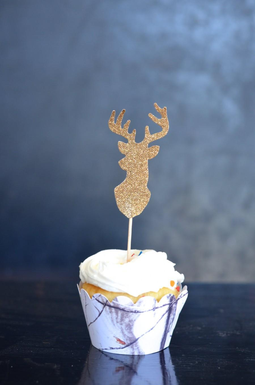 Свадьба - Glitter Deer Silhouette Cupcake Toppers - bucks in glitter gold, silver or bronze