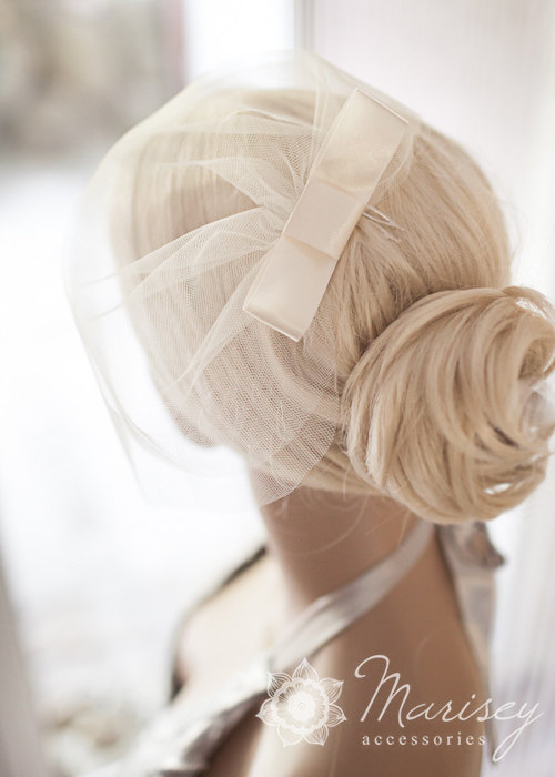 """Hochzeit - Double layer birdcage illusion tulle veil with bow, white, ivory, sparkle birdcage, hair accessory, blusher, tulle veil hair bow """"INEZ"""""""