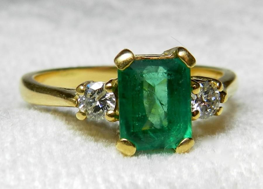 Mariage - Emerald Ring 1 Carat Columbian Emerald Ring 18K Unique Engagement Ring London Hallmarks Vintage Diamond Emerald May Birthday