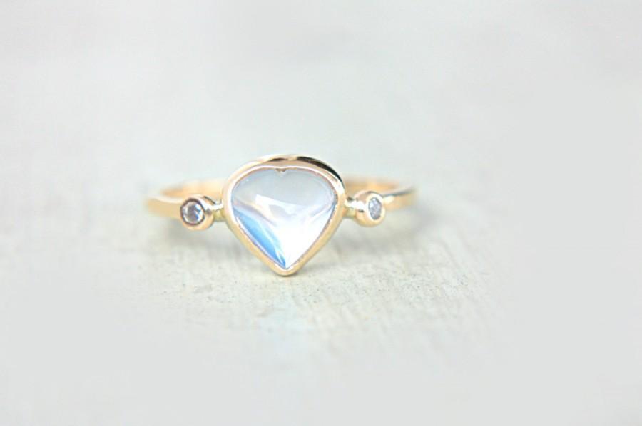 Mariage - Heart Rainbow Moonstone and Diamond Ring 14k Yellow Gold Moonstone Diamond Gold Ring Made in Your Size Rainbow Moonstone Engagement Ring
