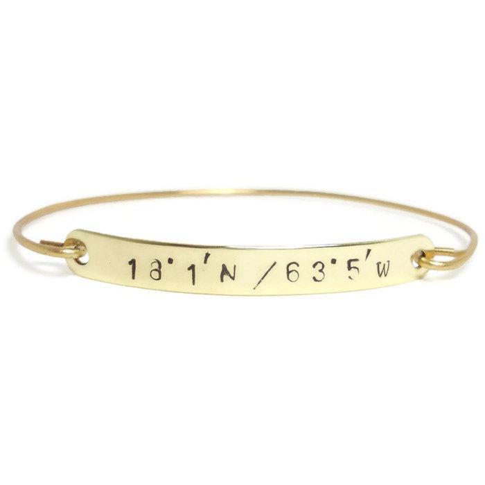 زفاف - Gold LATITUDE & LONGITUDE Bangle Bracelet, Coordinate Bracelet, Personalized GPS Bracelet, Gold Bar Bracelet, Personalized Jewelry
