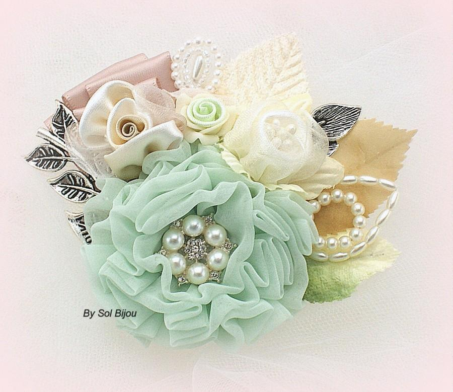 Hochzeit - Brooch Boutonniere, Groom,  Corsage, Button Hole, Mother of the Bride, Mint, Blush, Tan, Ivory, Pearls, Crystals, Elegant, Vintage Style