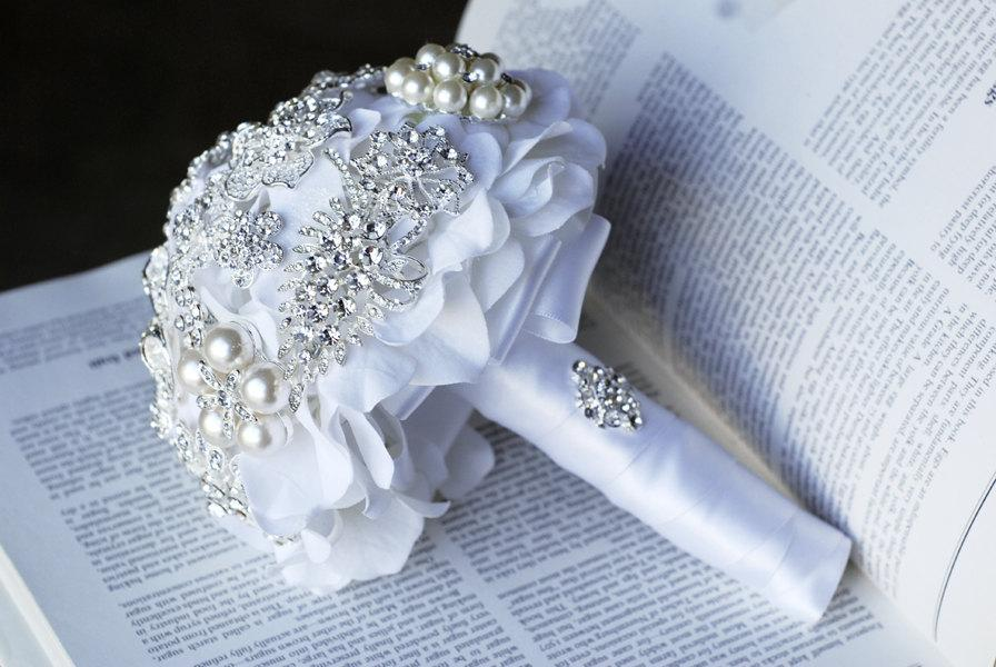 Свадьба - Vintage Bridal Brooch Bouquet Pearl Rhinestone Crystal Silver and White One Day RUSH ORDER Available BB002LX