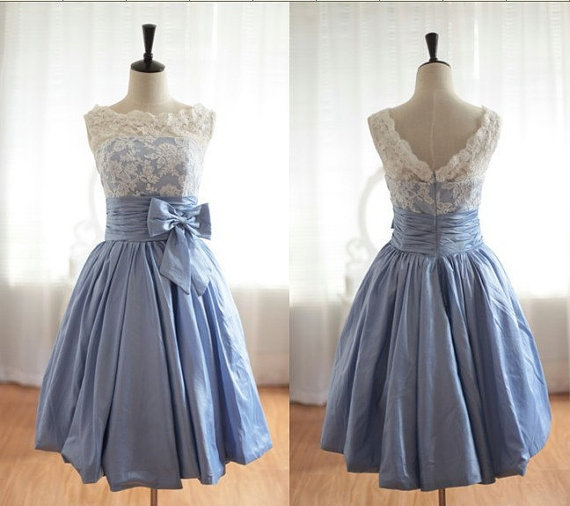 Свадьба - Sleeveless lace short dress, Customize bridesmaid dress color and size, lace short PROM dress, cocktail dress