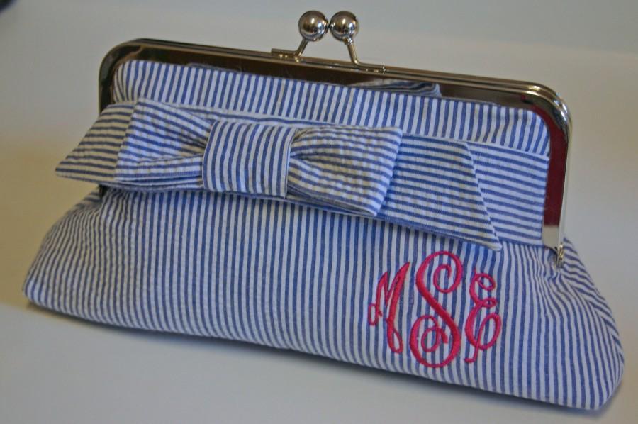 Hochzeit - Monogrammed Seersucker Clutch - Small Wrap Bow, Bridesmaids gift