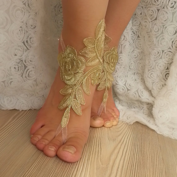 Mariage - Free Ship --- bridal anklet, gold embrodeired, Beach wedding barefoot sandals, bangle, wedding anklet, anklet, bridal, wedding, sexy boho
