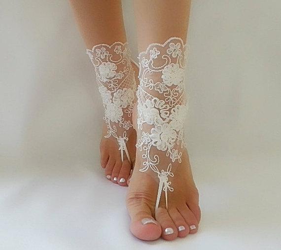 Свадьба - ivory Beach wedding barefoot sandals