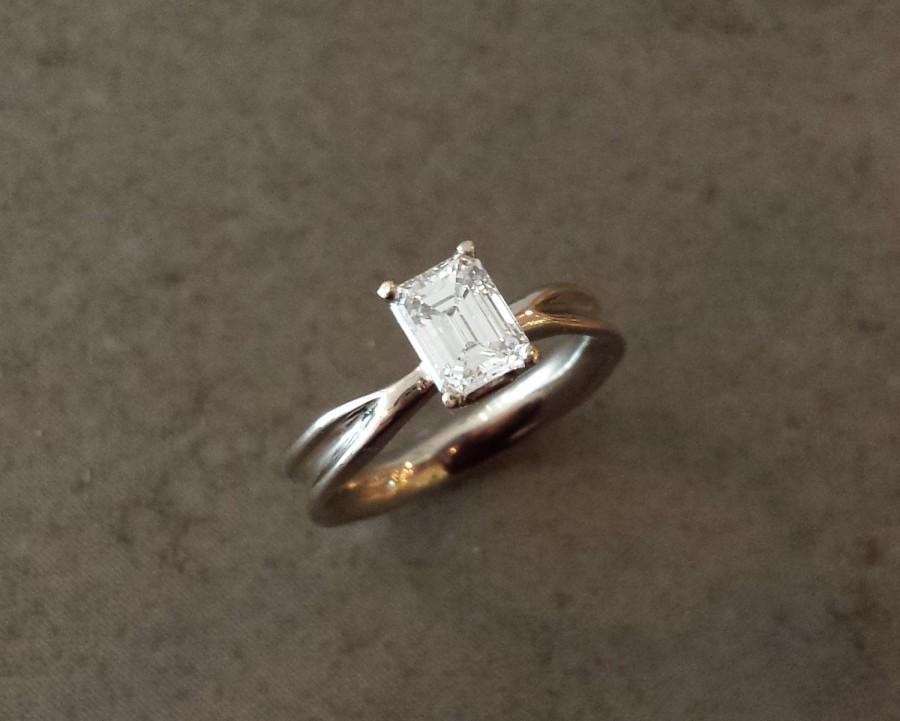 زفاف - Emerald Moissanite Engagement Ring - Fluid Nature - 14k White Gold