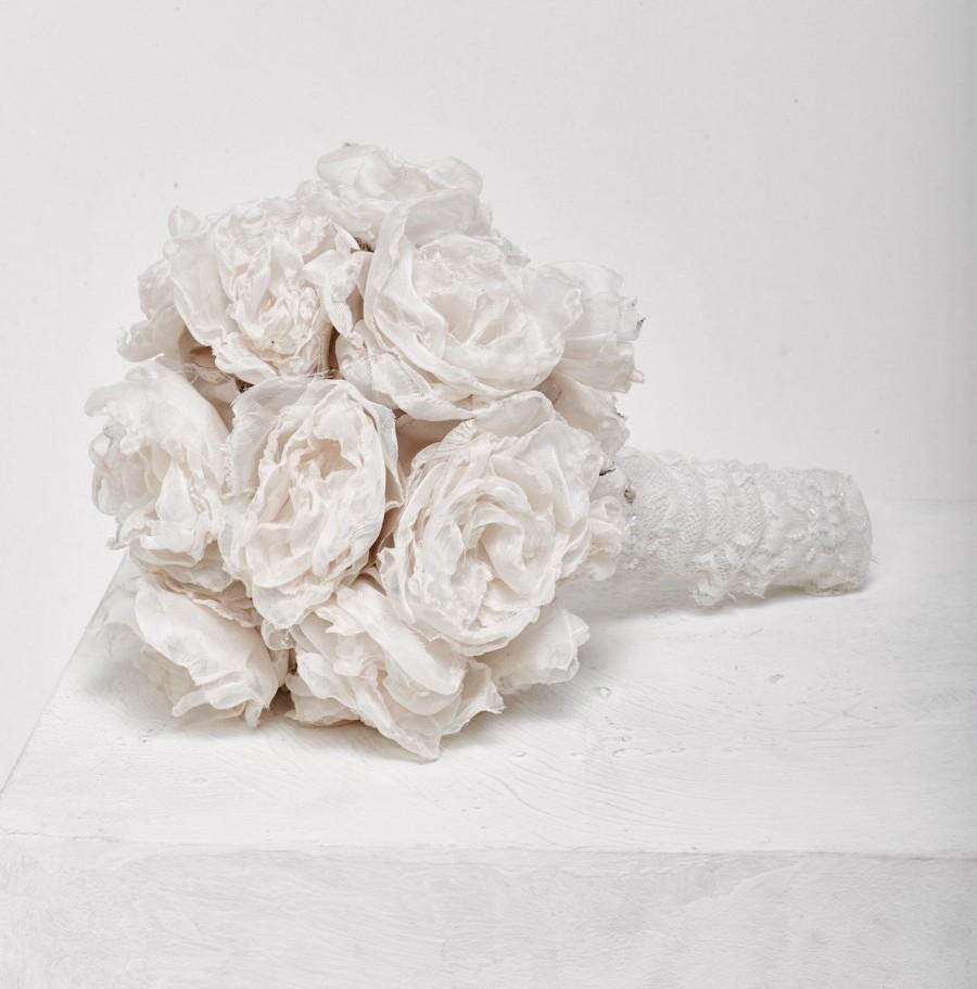 Свадьба - Wedding fabric bouquet customade Romantic bridal bouquet bridal flowers bouquet vintage fabric bouquet bridesmaids bouquets Lace bouquet