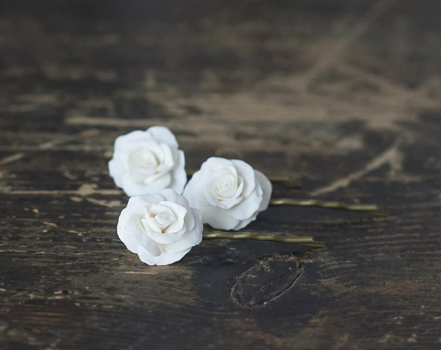 Wedding - White rose flower hair pins - white rose hair clips - bridal hair accessories - white flower hair bobby pins - wedding flower hair pins