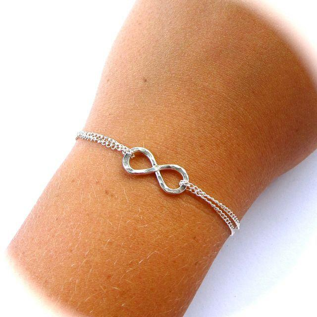 Mariage - Infinity Bracelet, Sterling Silver, Bridesmaid, Friendship, Mothers Day Gift, Love, Anniversary, Bridal Wedding Jewelry, Hammered, Handmade