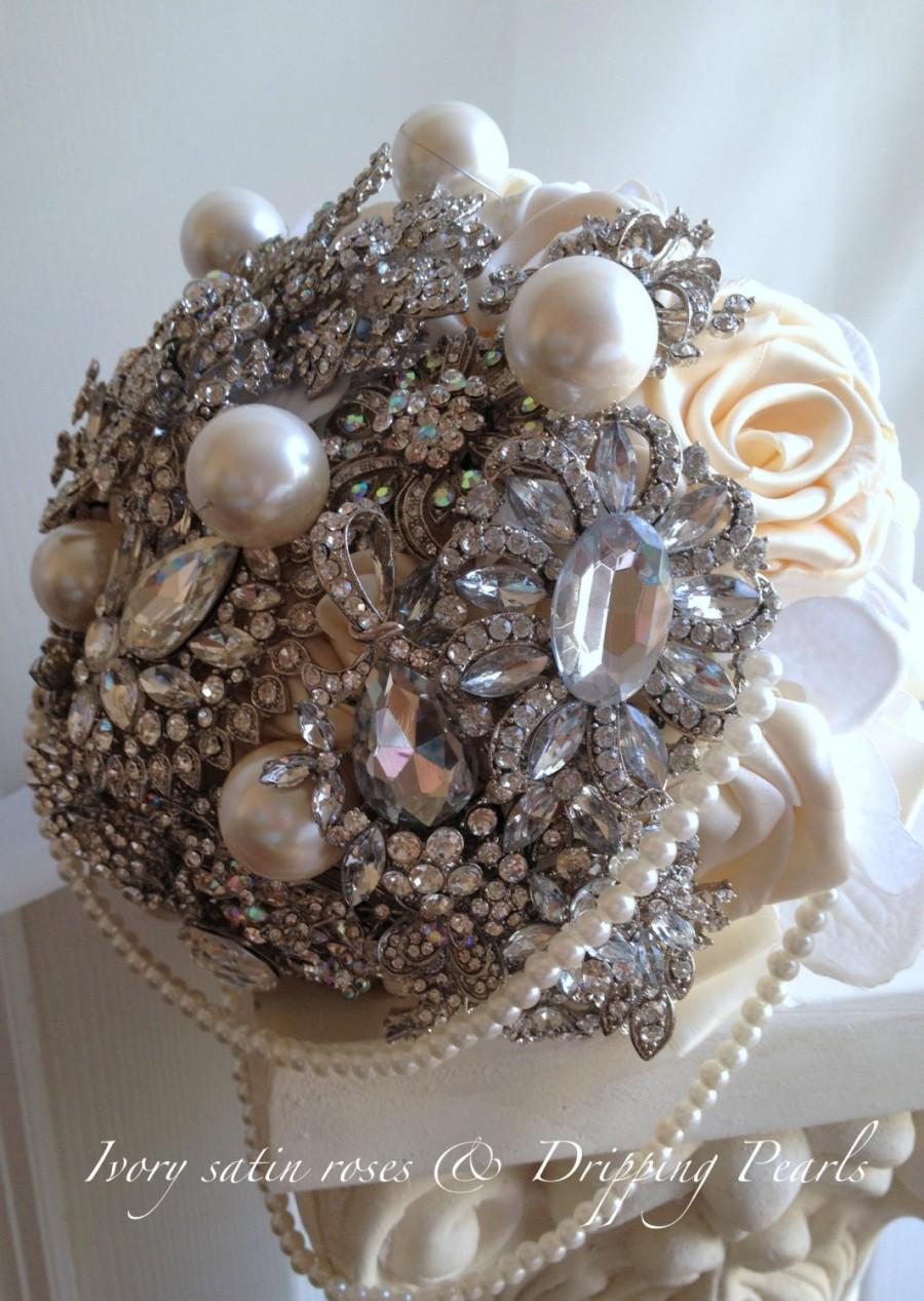 Hochzeit - Wedding Bouquet /brooch bouquet/Lady in Pearls/bridal bouquet/Vintage Roaring 20's/deposit