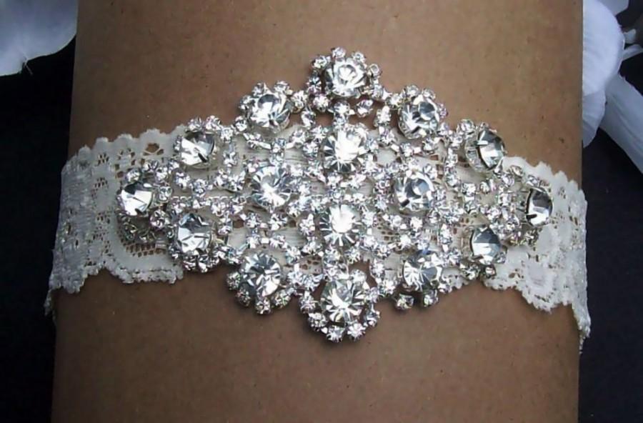 Hochzeit - Wedding Sale,Heirloom Garter,Garter Lace Garter,Garter Set,Bridal Garter,Wedding Garter,Wedding Accessories,Plus Size Garter,Plus Size Bride