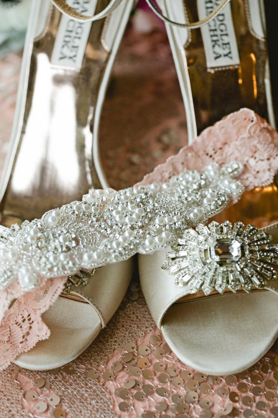 Mariage - ELISABETH - Peach Garter - Wedding Lace Garter - Individual Or Set - Ivory/White/Peach Lace Garter -Rhinestone Wedding Garter - Trow Garter