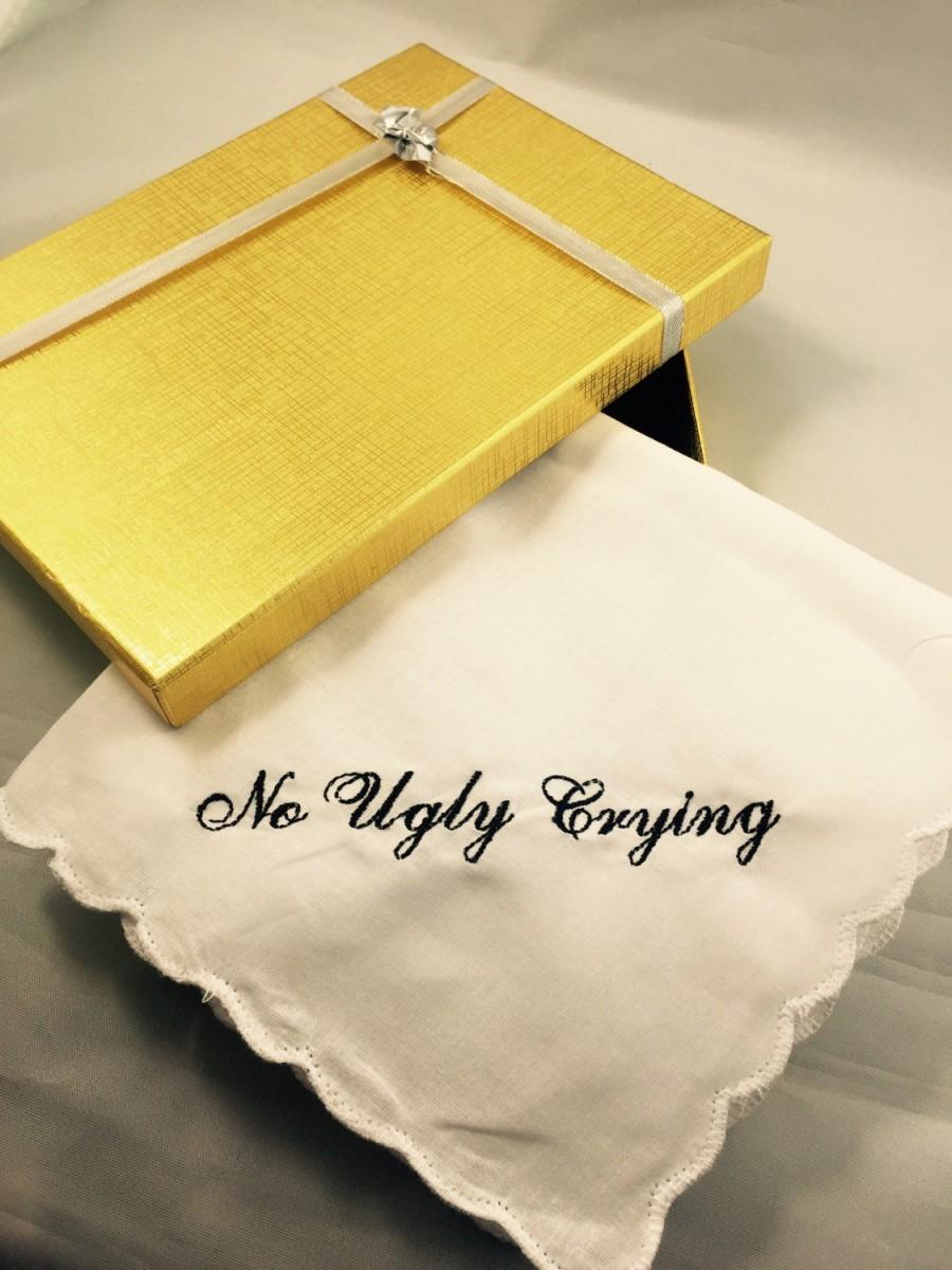 زفاف - Set of 8 No Ugly Crying Handkerchief  Scallopped edge your choice of color.