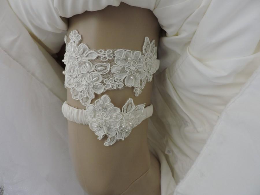 Mariage - Wedding Alencon Lace Garter Beaded SET White or Ivory