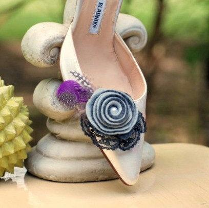 Boda - Grey Charcoal & Plum Swirl Rosette Shoe Clips or Hair Pins. Bride Bridal Party m2m Bridesmaid, Guinea Feather Pearl Lace, Fun Preppy Pretty