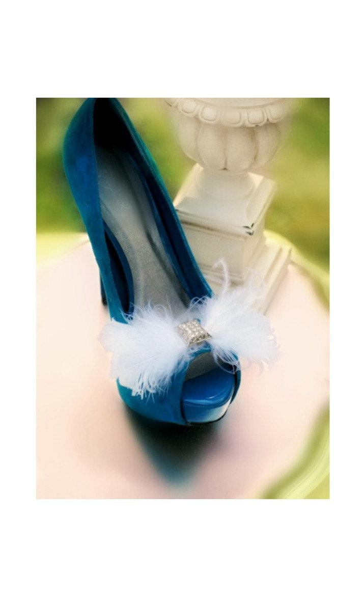 Свадьба - Shoe Clip White / Ivory / Black / Blue / Red Bow. Goose Ostrich Feathers, Bridal Bridesmaid, Elegant Delicate Bold, Wedding Fashion Couture