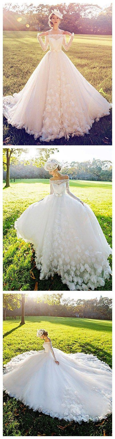 Свадьба - Ball Gown Wedding Dress - White Court Train Off-the-shoulder Lace
