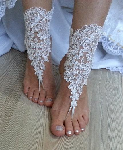 Свадьба - ivory Beach wedding barefoot sandals