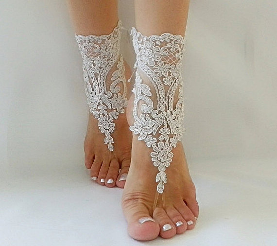 Mariage - silver gray Beach wedding barefoot sandals, Barefoot Sandals, Sexy, Yoga, Anklet , Bellydance, Steampunk, Beach Pool