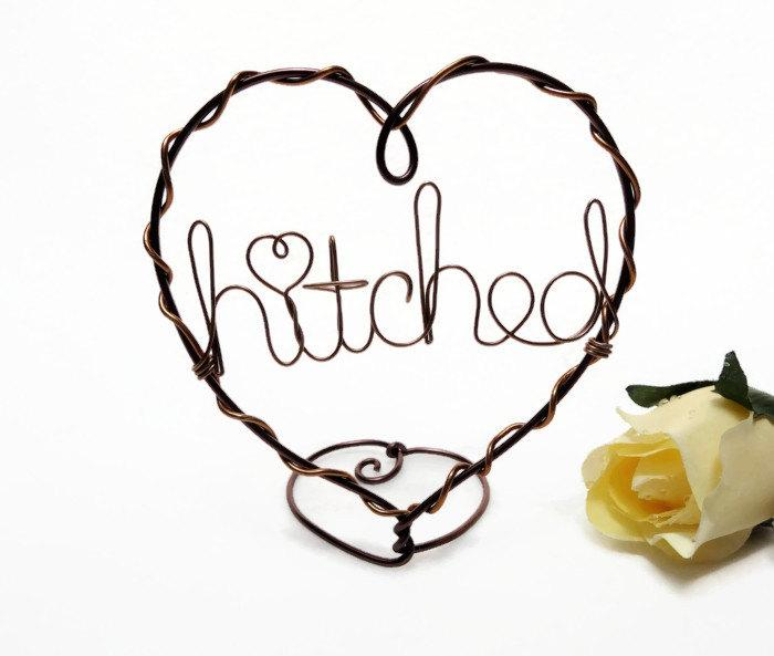 Mariage - Hitched/ Custom Words Wire Heart Cake Topper - Brown and Copper, Silver, Gold Colored Wire Wedding