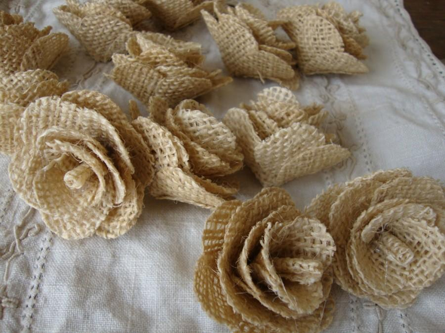 زفاف - Rustic wedding Burlap flowers fabric roses ivory flowers rustic chic DIY wedding decor craft supplies floral rose buds burlap decorations