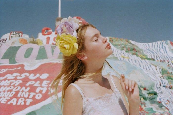 Mariage - Pale Pink Puberty, The Effervescent Work Of Petra Collins