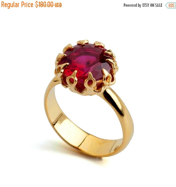 Mariage - Black Friday SALE - CROWN Gold Ruby Ring, Ruby Engagement Ring, Ruby Promise Ring, Large Ruby Ring, Gold Statement Ring, Ruby Solitaire Ring