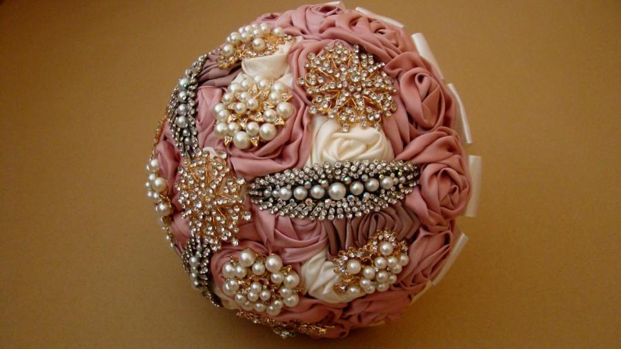 Свадьба - Ready to Ship Blush Bridal Bouquet - Brooch Bouquet - Fabric Bouquet - Wedding Brooch Bouquet - Blush, Pink, Ivory, Pearls