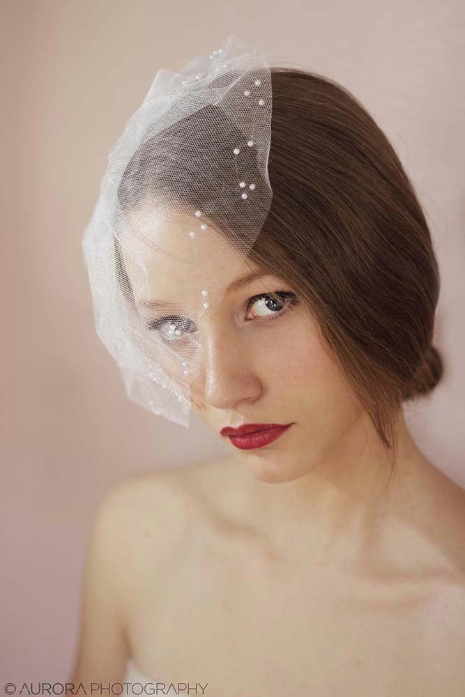 Wedding - Bridal tulle veil with pearls,Mini tulle veil with pearls,Birdcage veil pearls,Short veil,Tulle birdcage veil,Wedding mini veil