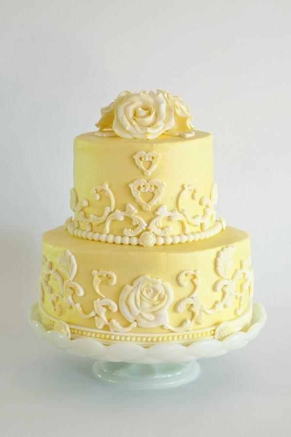 Cake Yellow Rose Cake Yellow Orange 2413905 Weddbook